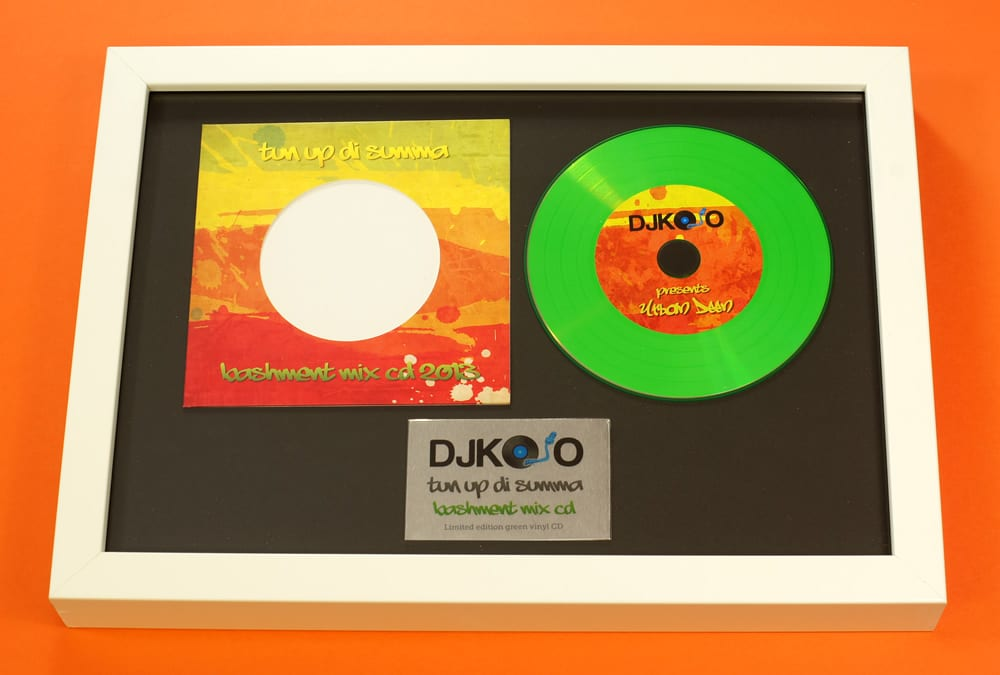 CD presentation A4 frame with green vinyl CD